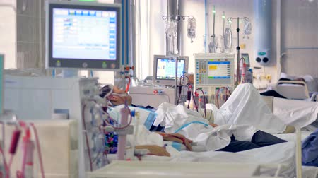 transplant : Modern hospital room with hi-tech medical equipment. Stock Footage