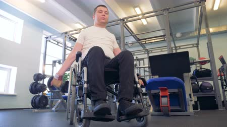 paralympics : A new approach to the exercise by disable man. Stock Footage