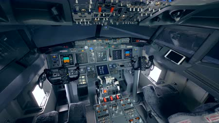 aeroespaço : A empty cockpit of a flight simulator.