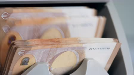 bankomat : Mechanical calculation of euro banknotes