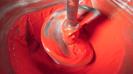 tayın : Boring tool is mingling red alimentary paste