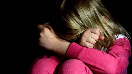 taciz : Child Abuse with abusive