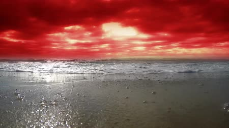 wróżba : Clouds of blood. Bloody clouds sea. Strong wind. Wideo