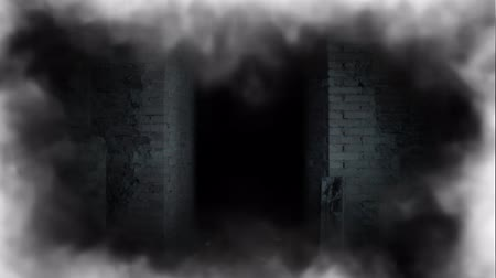 abandonar : Ghost girl in doorway. A terrible ghost.