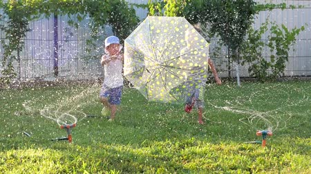 fidedigno : Children having fun Stock Footage