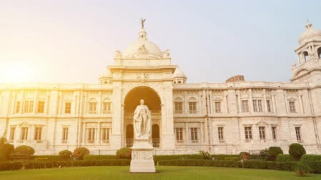 język angielski : Front view Victoria Memorial in Kolkata or Calcutta, India. 4k footage video. 4k footage video.