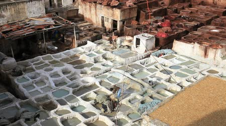 marrocos : Leather tannery in fez, morocco