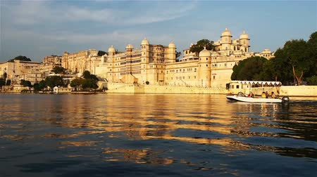 pichola : View of the Palace in Udaipur