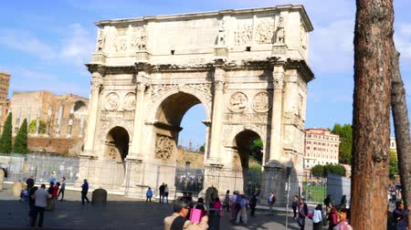 arch of constantine : Rome, Italy - October 18, 2015 : Crowd of tourists at the Arch of Constatine in front of the Colosseum in Rome, Italy on October 18, 2015.
