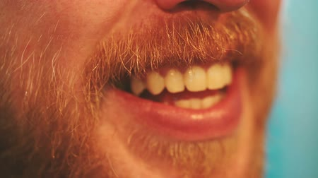 зубастая улыбка : Close up of a beautiful toothy male smile.