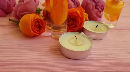 gevoelig : rose cream candle time lapse Stockvideo