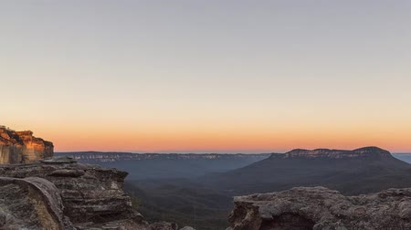 Sunset in the Canyon. Australia. Beautiful Nature is Gradually Covered With Darkness. and the Skies Are Beginning to Appear Star. Dostupné videozáznamy
