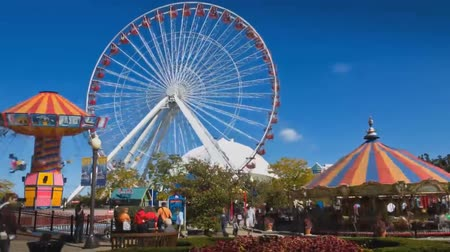 navy pier : Amusement Park in Chicago. View of the Big Observation Wheel.