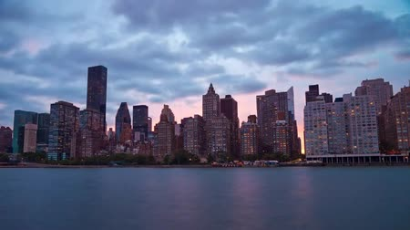 Сидней : Night View of New York From the Ocean. Streets and Buildings Illuminated by Bright Lights. Стоковые видеозаписи