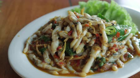 hoi an : Thai-Style Stir Fried spicy Razor Clams or Hoi Lord Pad Cha.