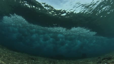 powerful : Underwater Ocean Wave