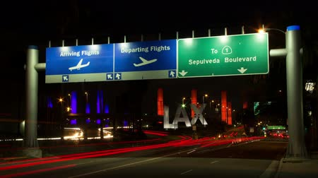chegada : LAX Entrance at Night Time Lapse