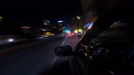 budoucnost : 4k Driving Car At Night Time Lapse
