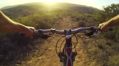 deporte extremo : POV Extreme Mountain Bike  Archivo de Video