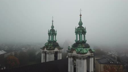 wawel : Krakow, veil of mist covered the town Stock Footage