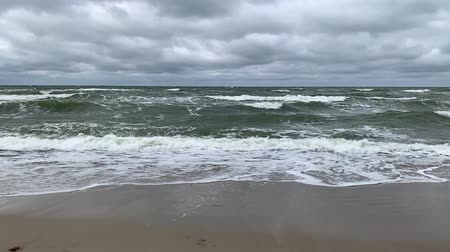 baltık denizi : Moving surface and waves of cold baltic sea in stormy weather