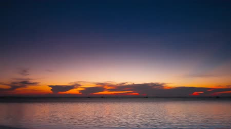 Time lapse of twilight on the sea in Chonburi, Thailand 影像素材