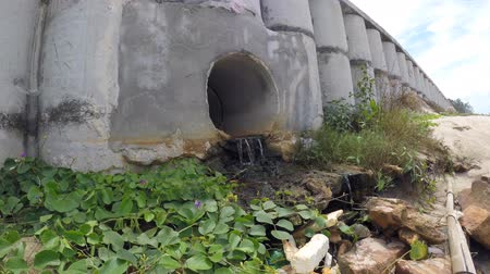 Concrete pipes for drainage of sea water