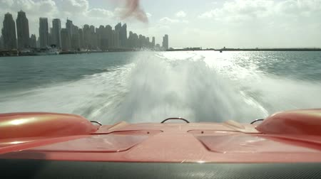 pervane : On board camera on Class One racing boat in Dubai