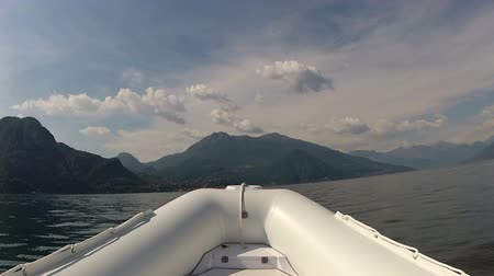 costela : Bow of a maxi rib navigating extremely fast on a lake  Stock Footage