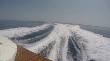 Wash wake of a boat navigating at full speed Wideo