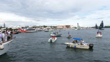 bermudas : People on boats attend Americas Cup World Series in Hamilton, Bermuda Stock Footage