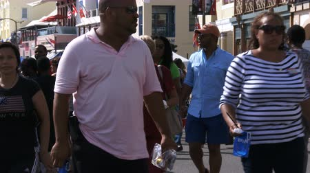 bermudas : People walk through the Americas Cup World Series in Hamilton, Bermuda