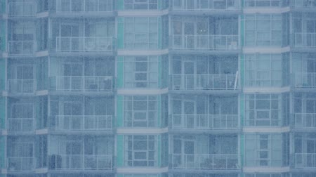 snows : Apartment Building In Heavy Snowfall