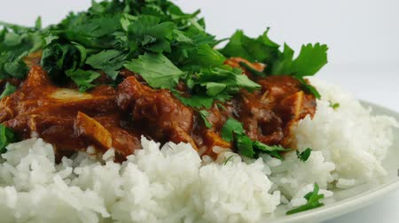 curried chicken : Chopped Coriander Added to Chicken Tikka Masala