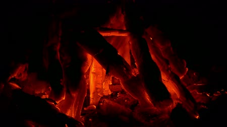 kemping : Fire Glows In The Dark Stock mozgókép