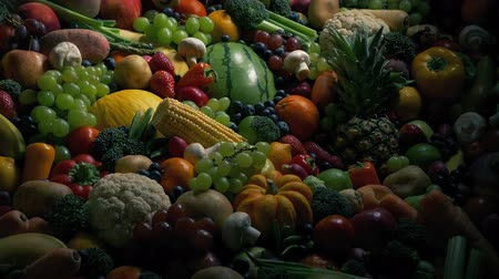 смесь : Sun Rises On Pile Of Fruits And Vegetables