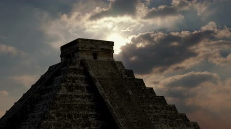 azték : Sun Comes Out Above Aztec Ruins