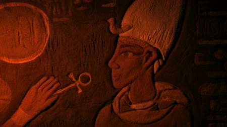 esfinge : Ancient Egypt Painted Wall Art Lit Up With Torch Stock Footage