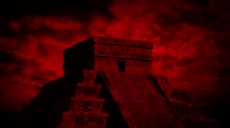 azték : Mayan Temple With Red Sky Passing