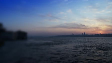 tyrkysový : Cityscape near sea over blue sky.  Full HD 1080p, 24fps.