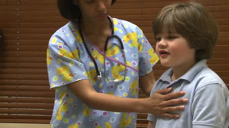 ear infection : Scenes from a pediatric medical practice