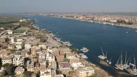 anıt : Landscape view of Nile river in Egypt near Luxor