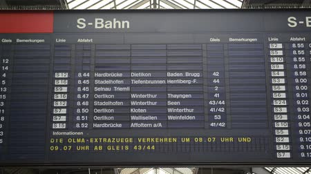 train station : Timetable timelapse at Zurich Main Train Station