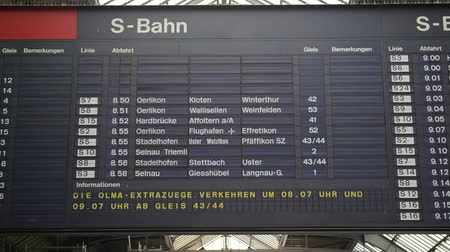 departure : Timetable timelapse at Zurich Main Train Station