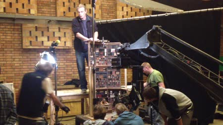 üretim : film production - behind scenes - lighting - puppet theatre Stok Video