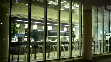 интерьер : interior empty restaurant (bar) from outside - night - closeup