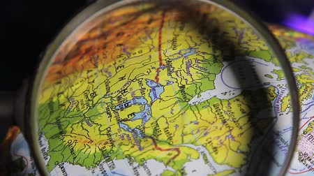 mapa : globe, North America, view through magnifying glass