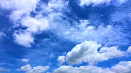 mavi gök : Timelapse of blue sky with rolling clouds
