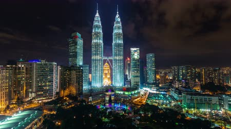 ночная жизнь : night light sky towers panorama 4k time lapse from kuala lumpur city