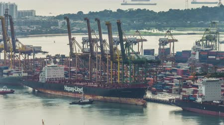 закрывать : singapore working famous port 4k time lapse